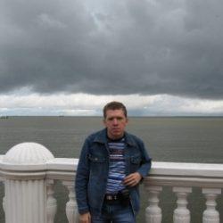 Парень, ищу девушку для секса в Пятигорске
