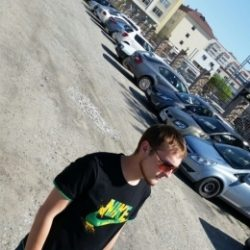 Обаятельный парень ищет не менее обаятельную девушку для секса в Пятигорске!