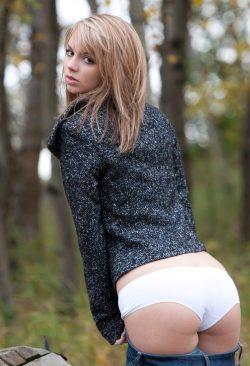 Молодая девушка ищет девушку с опытом в Пятигорске